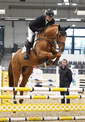Stakkolensky geht als Sieger seiner Sportprüfung in Verden hervor!